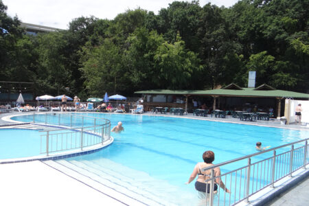 Pool im Hotel Pliska in Bulgarien