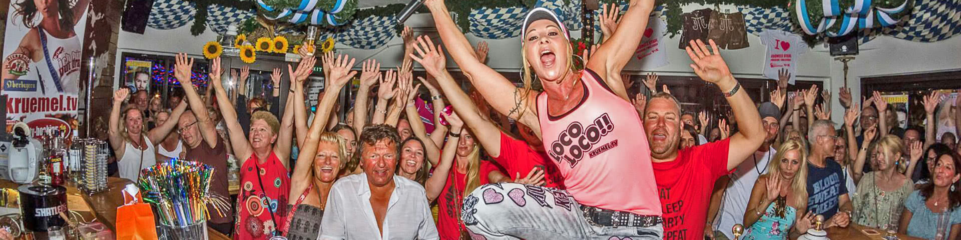 Party in Krümels Stadl auf Mallorca