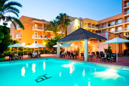 Poolbereic im Hotel Paradiso Garden auf Mallorca