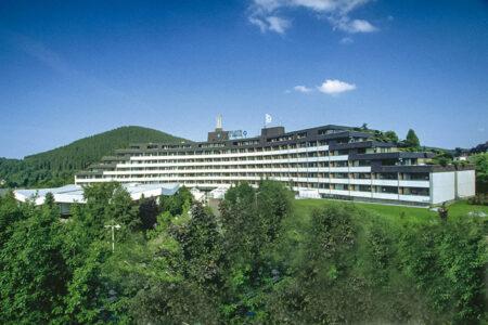 Außenansicht vom Sauerland Stern Hotel in Willingen
