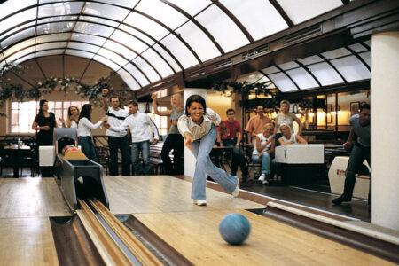 Spaß auf der Kegelbahn im Sauerland Stern Hotel in Willingen